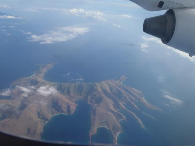 コモド島近くの木のない島